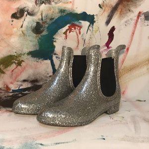 Glitter rain booties